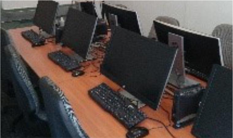 Salles équipée de postes informatiques
